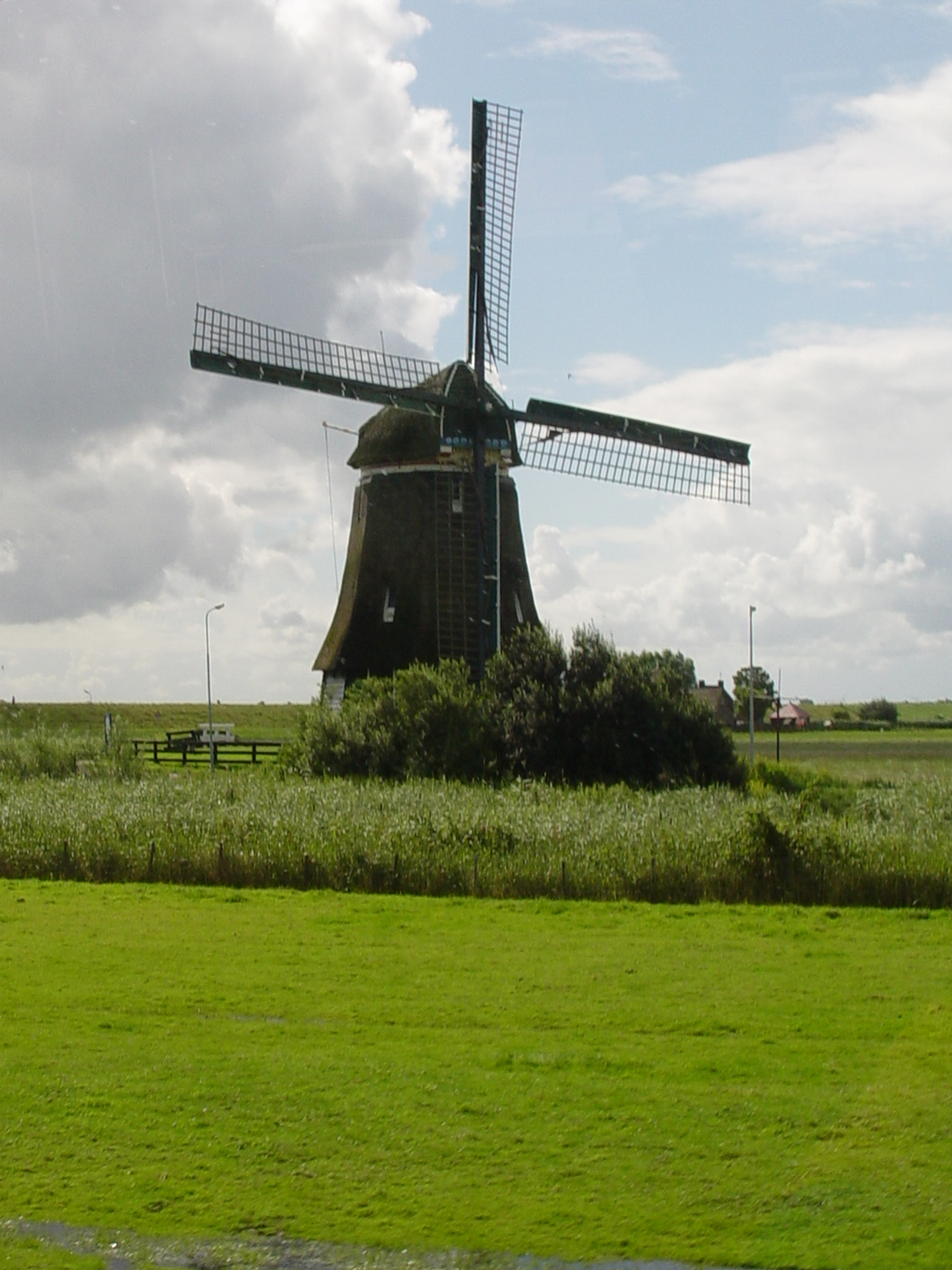 Holland And Holland >> 2005年8月8日01-First windmill seen in Holland on way to ...